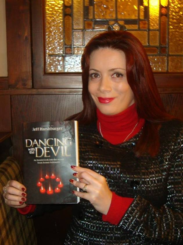 Dancing With The Devil - Laura's video review of book. (1/6)