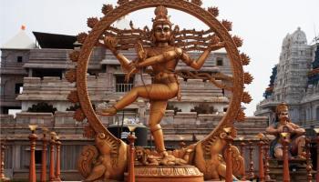 Former Sikh & Former Hindu Nidhi Mehta – set free from demonic